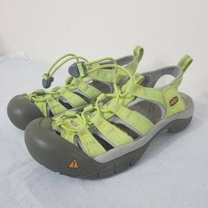Keen Womens Newport H2 Lime Green 6.5 Water Sandal